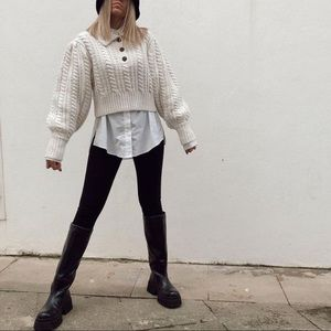 Cable knit vintage style sweater with jewel button